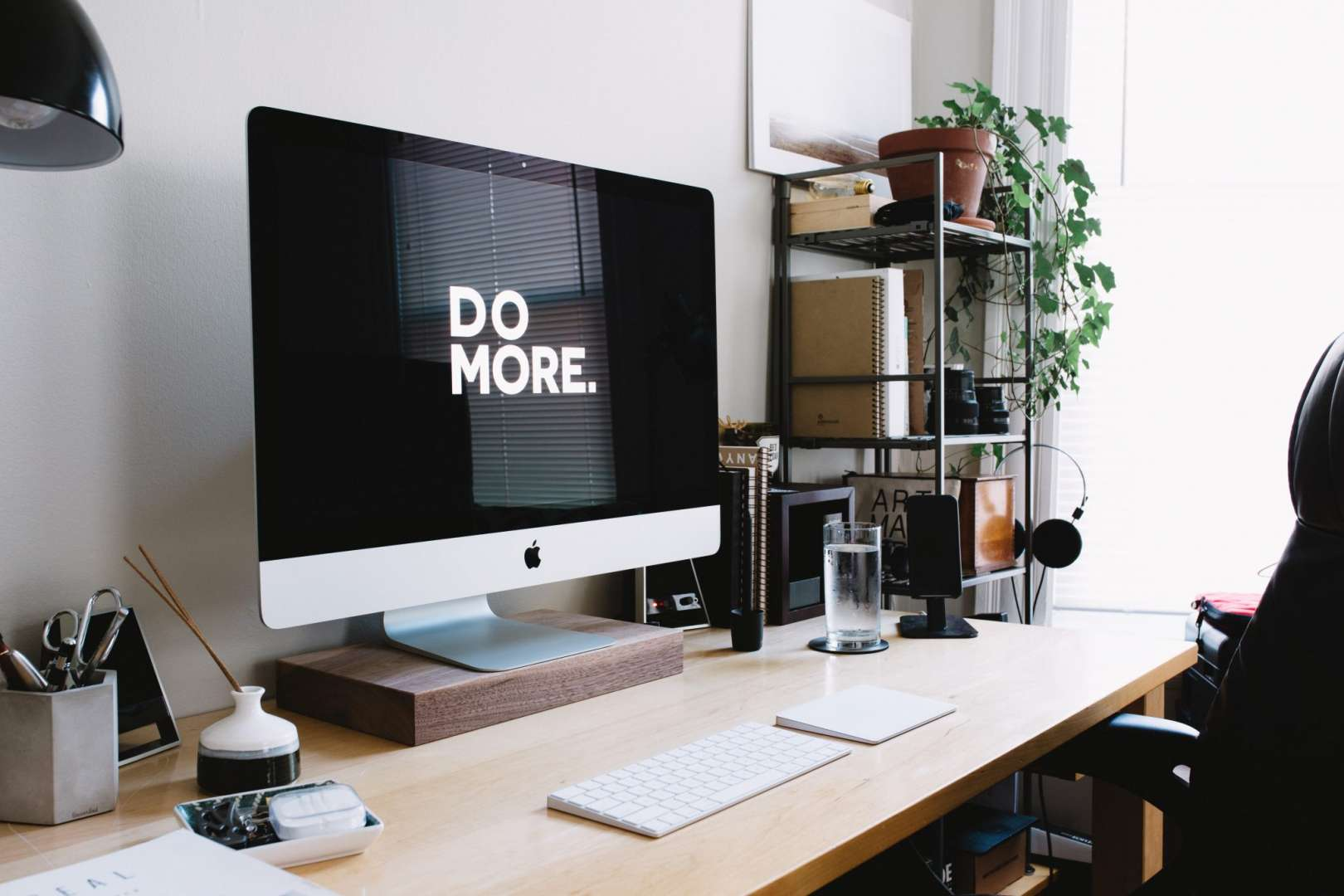 Clean Workstation With Mac