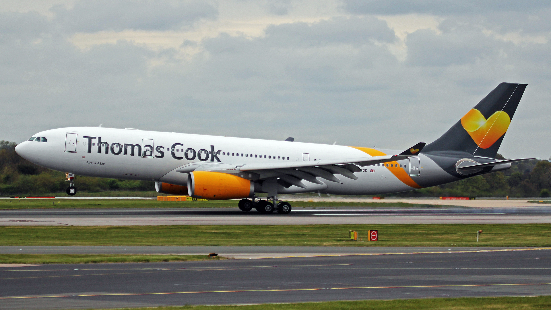 Thomas Cook Plane Taking Off