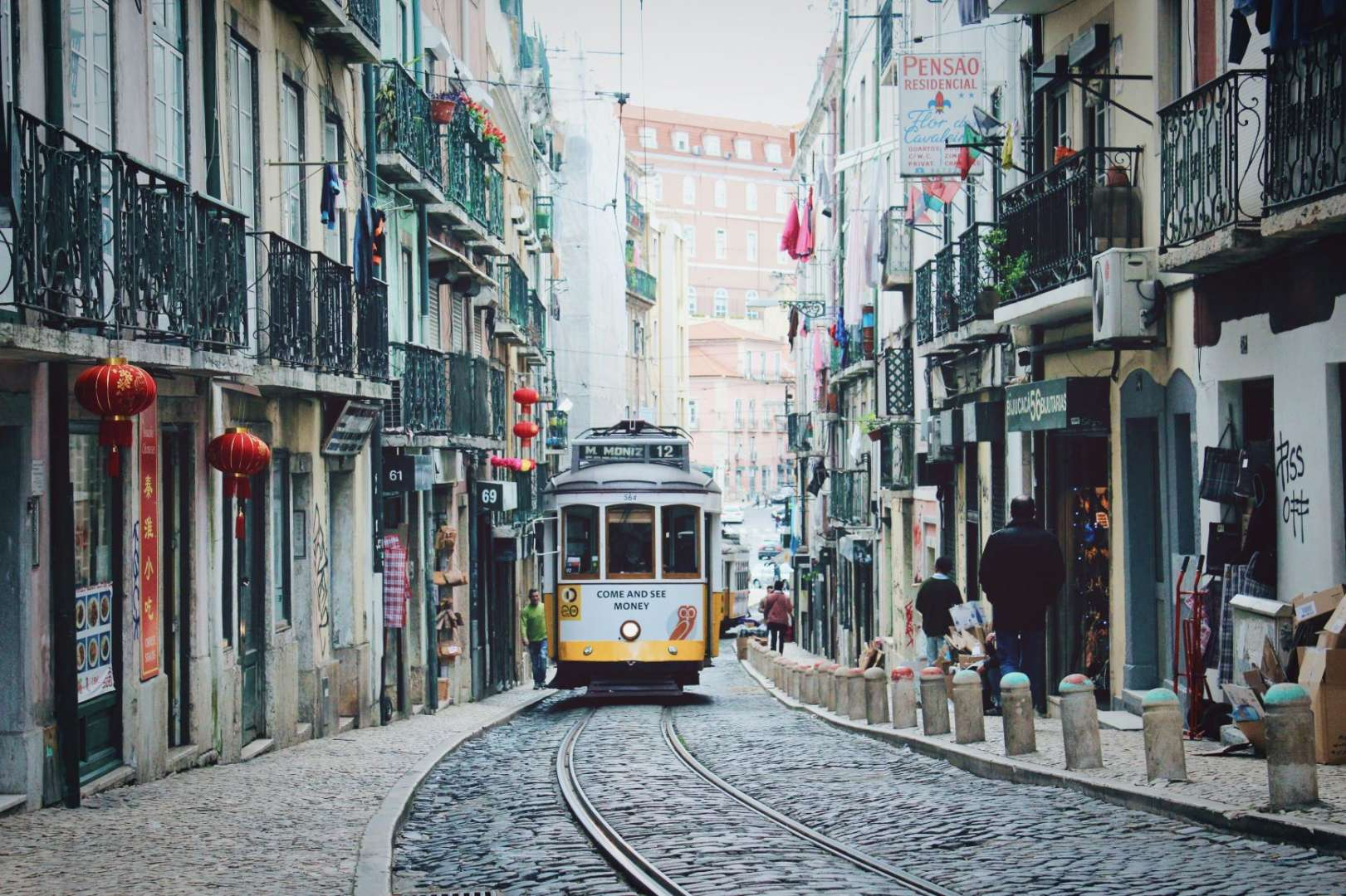 Reasons to visit portugal - accessibility