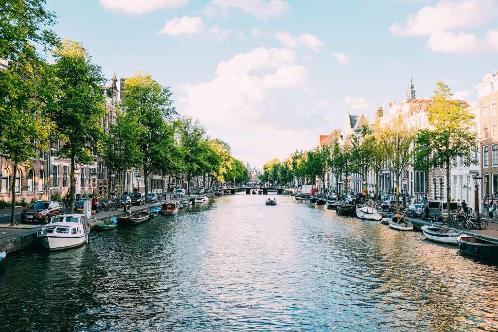 amsterdam-lgbt-friendly-destinations