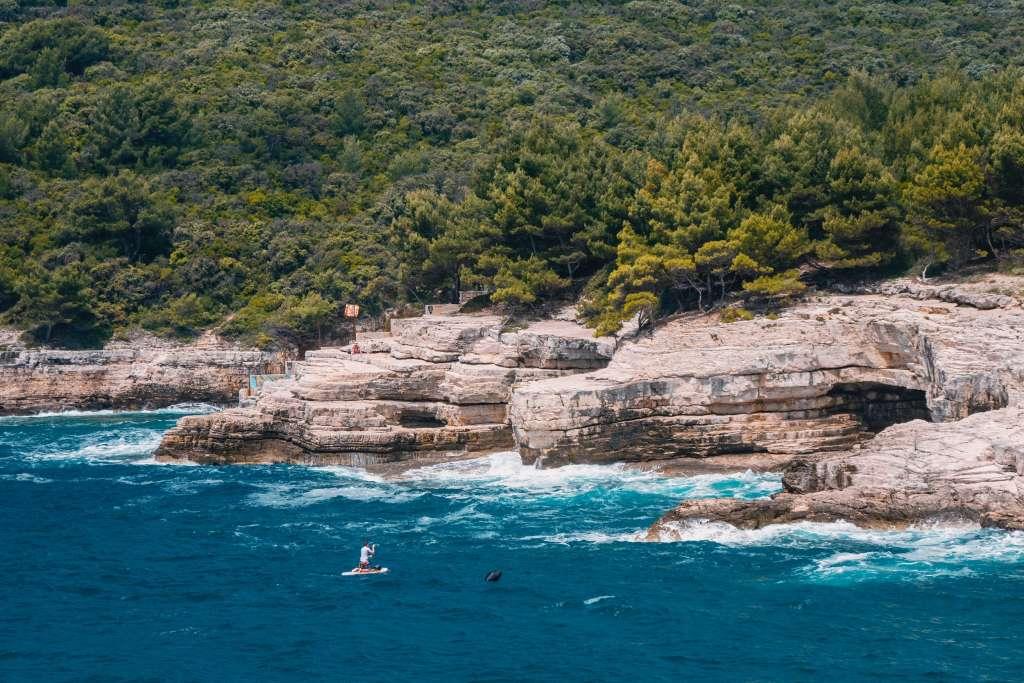 reasons-to-visit-croatia-coastline