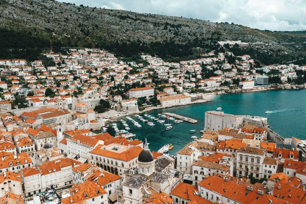 reasons-to-visit-croatia-palace