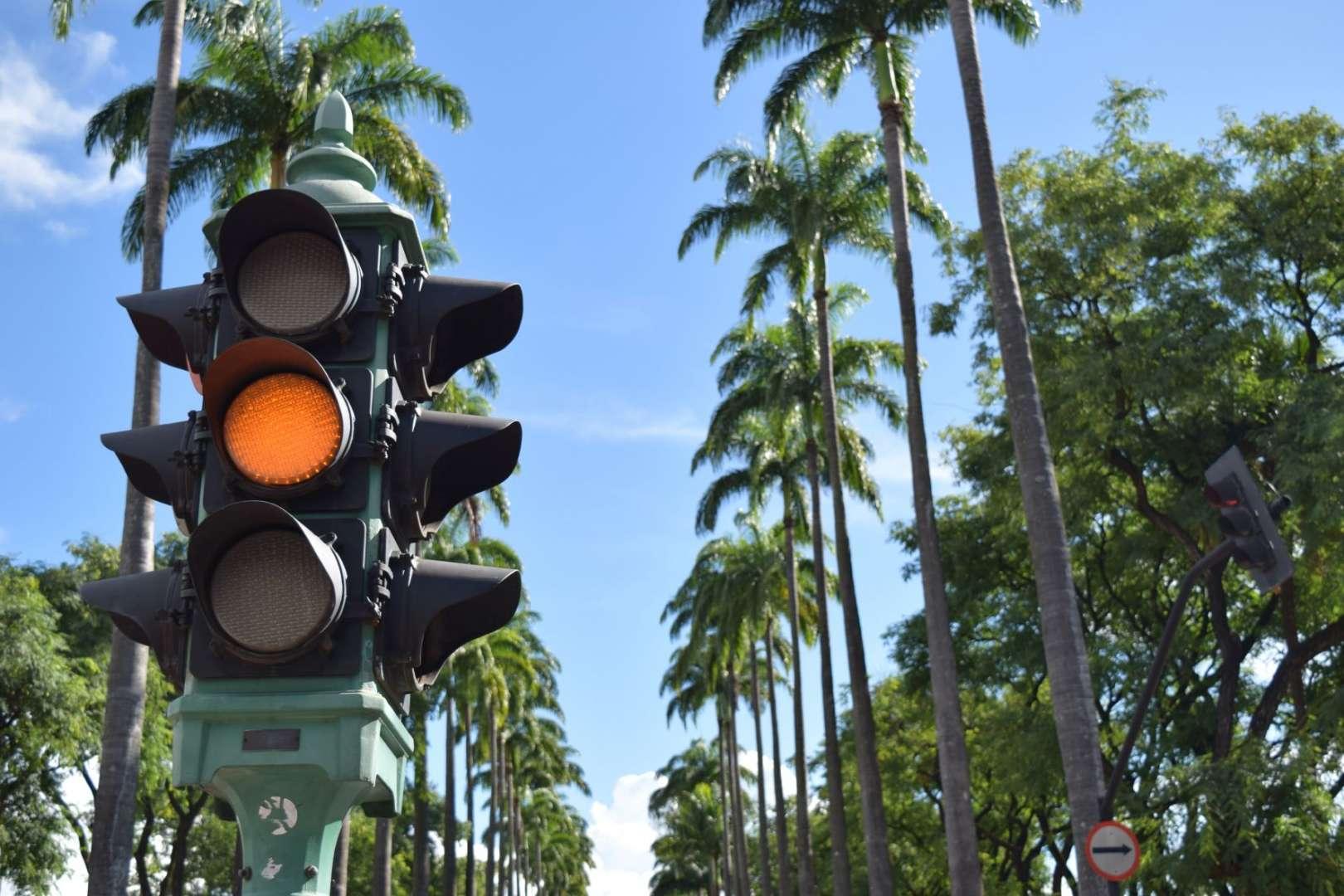 traffic-light-system-removed