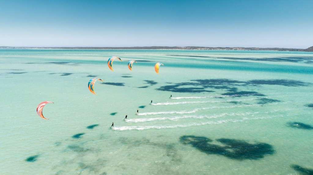 reasons-to-visit-egypt-kitesurfing