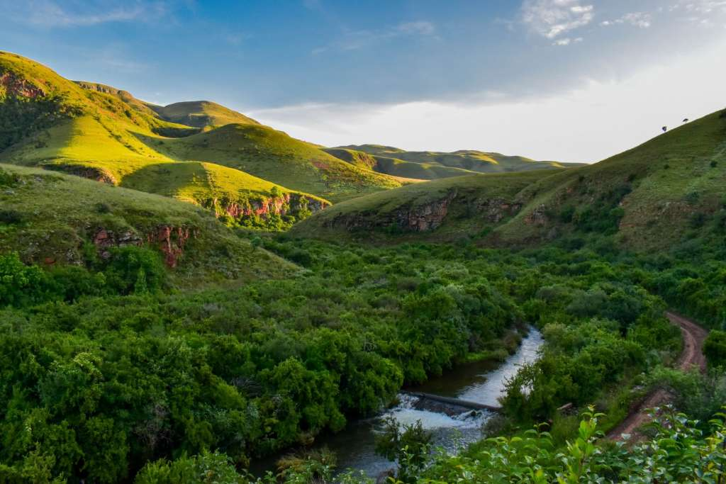 reasons-to-visit-south-africa-valley
